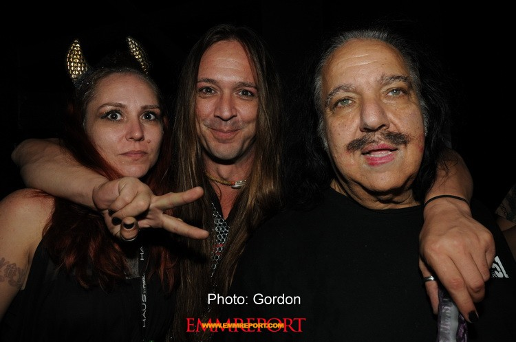 Ron jeremy sucks his own cock