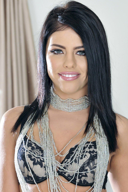Adrianna chechick