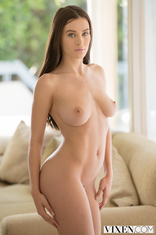 Lana Rhodes Porno