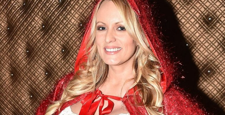 'This is horrible' Stormy Daniels Bombs on Long Island