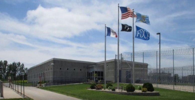 58 inmates sue over porn ban in Iowa's prisons, seek $25,000 each