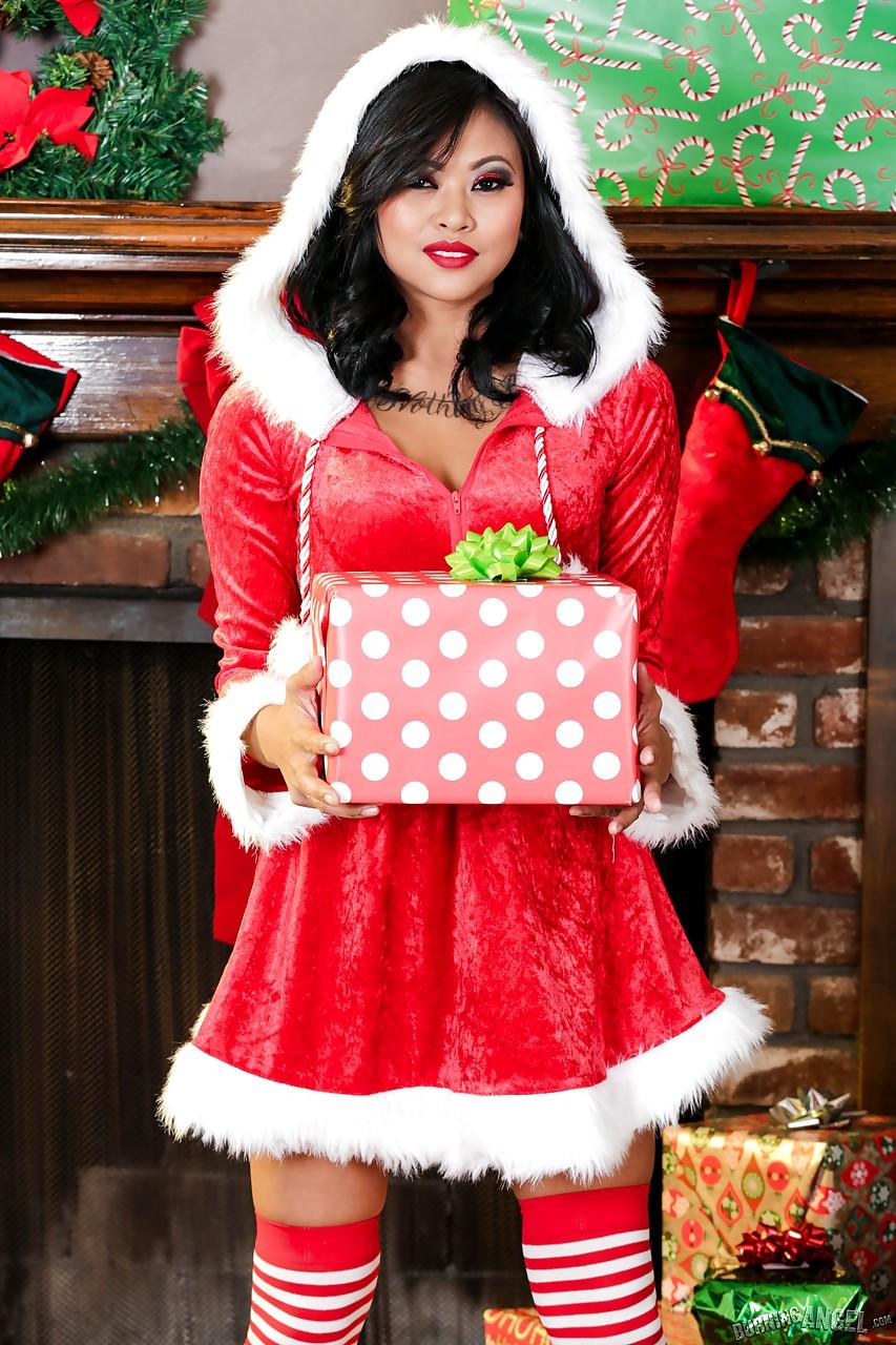 25 Days of Porn Star Christmas : December 23rd - Krissie